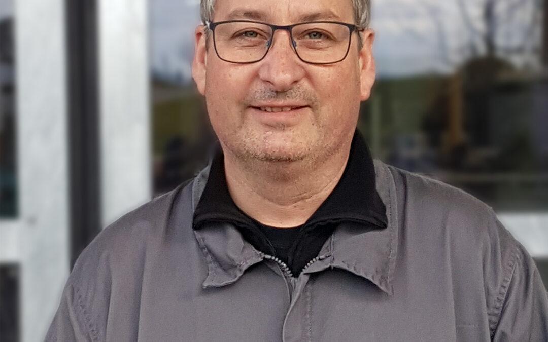 Unser Karosserie-Spengler Peter Bannwart