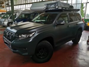 Raptor-Lack als Oberflächenschutz bei Fahrzeugen