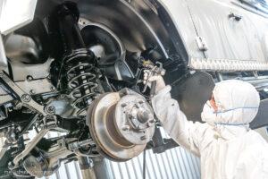 Hohlraumversiegelung für PW und Nutzfahrzeuge mit Rostschutzmittel Dinitrol